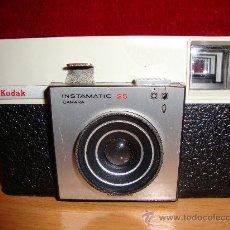 Cámara de fotos: KODAK INSTAMATIC 25. Lote 27315778