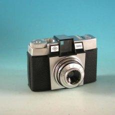 Cámara de fotos: CÁMARA AGFA ISOLY. ALEMANIA 1963-71. . Lote 22758626