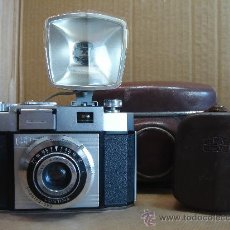 Cámara de fotos: ANTIGUA CAMARA - ZEISS IKON CONTINA + FLASH IKOBLITZ LD - GERMANY 1956 - ESTETICO. Lote 30330749