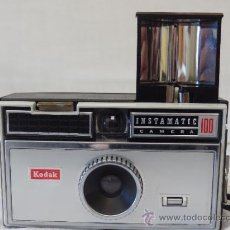 Cámara de fotos: KODAK INSTAMATIC 100 VINTAGE CAMARA DE FOTOS. Lote 35766581