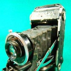 Cámara de fotos: DREPY-FUELLE-OBJETIVO DRESTOP-DIAFRAGMAS 4,5-5,6-8-11-16-22-32-1:4,5-F=105MM-6X9-T-B-1 A 250-CAMARA. Lote 40819161