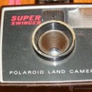 Cámara de fotos: CAMARA FOTOGRAFICA FOTOS POLAROID SUPER SWINGER SUPERSWINGER LAND CAMERA UNITED KINGDOM VER FOTOS. Lote 41221469