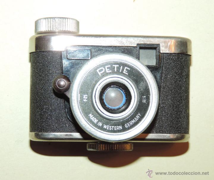 CÁMARA DE FOTOS MINIATURA MARCA PETIE, PETI KAMERA, MADE IN GERMANY. PETIE 4 X 5 CMS. FUNCIONANDO (Cámaras Fotográficas - Clásicas (no réflex))