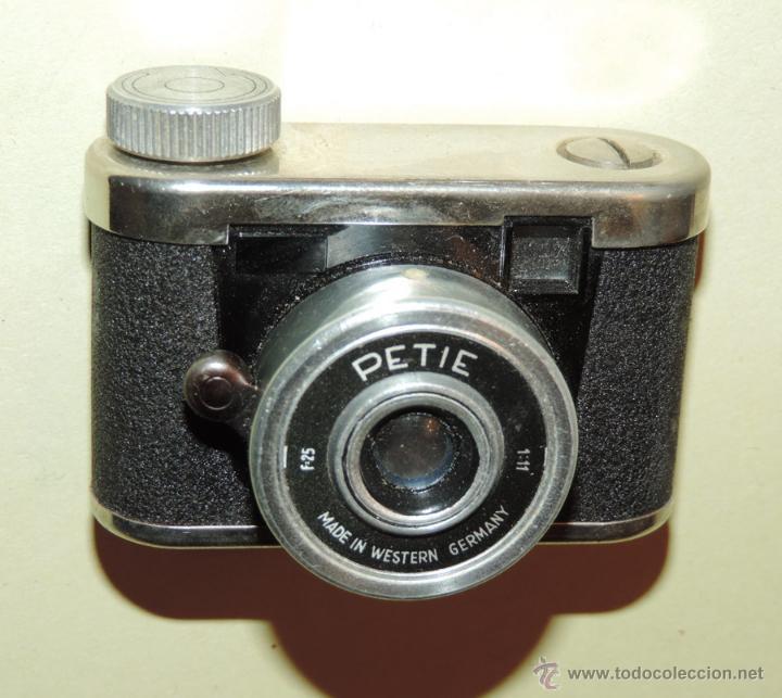 Cámara de fotos: CÁMARA DE FOTOS MINIATURA MARCA PETIE, PETI KAMERA, MADE IN GERMANY. PETIE 4 X 5 CMS. funcionando - Foto 5 - 51252201