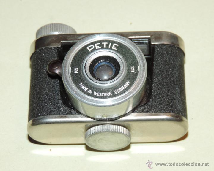 Cámara de fotos: CÁMARA DE FOTOS MINIATURA MARCA PETIE, PETI KAMERA, MADE IN GERMANY. PETIE 4 X 5 CMS. funcionando - Foto 6 - 51252201
