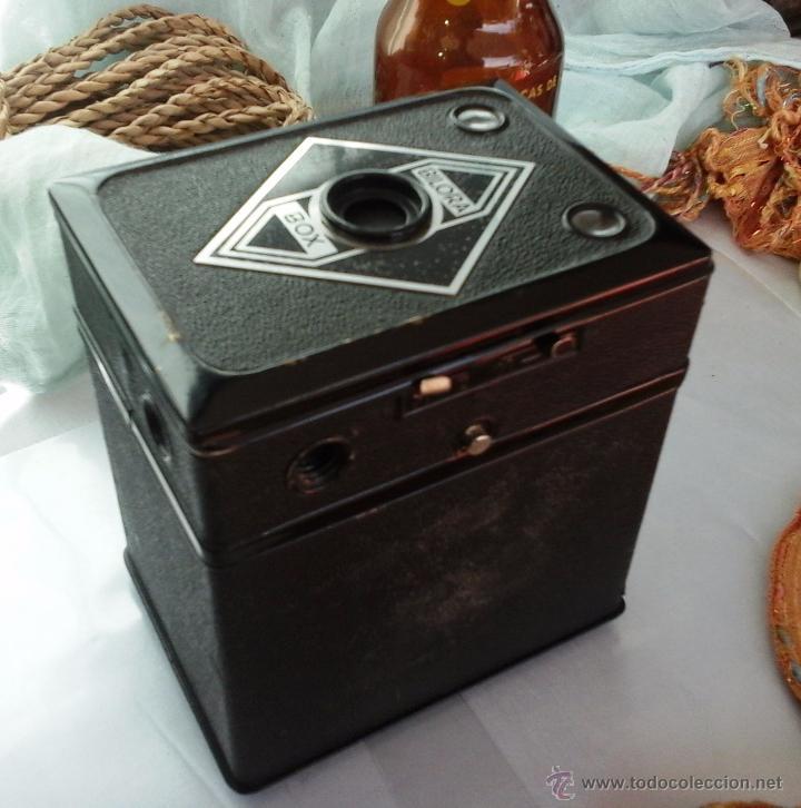 Cámara de fotos: CÁMARA FOTOGRÁFICA ANTIGUA. CAJA BOX BILORA AÑOS 50. ALEMANA: - Foto 3 - 54354484