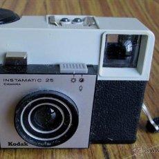 Cámara de fotos - CAMARA DE FOTOS Kodak Instamatic 25 con su caja - 54697639