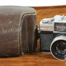 Cámara de fotos: CAMARA FOTOGRAFICA NIKKOREX MODELO SLR. FUNDA ORIGINAL. CIRCA 1960. . Lote 56565181