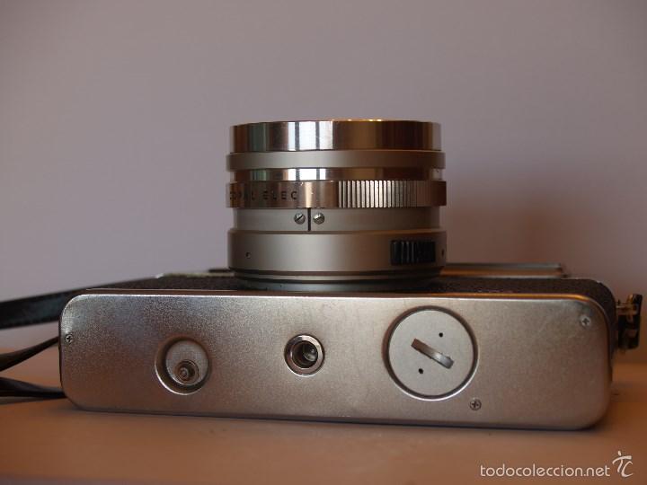 Cámara de fotos: YASHICA ELECTRO 35 / FUNCIONANDO Y EN EXCELENTE ESTADO / FUNDA ORIGINAL - Foto 5 - 146595376