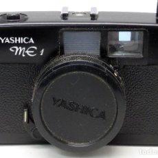 Cámara de fotos: CÁMARA FOTOS YASHICA ME1 CON FUNDA AÑOS 70. Lote 107880326