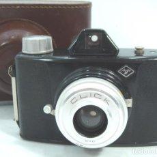 Cámara de fotos: ANTIGUA CAMARA CLASICA BAQUELITA - AGFA CLICK II + FUNDA - AÑO FABRICACION 1958-70. Lote 141632613