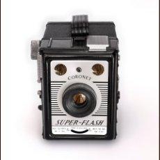 Cámara de fotos: CORONET SUPER FLASH, SELECTA CÁMARA DE CAJON. MEDIO FORMATO. DE 1955. EN OPTIMO ESTADO.. Lote 72323927
