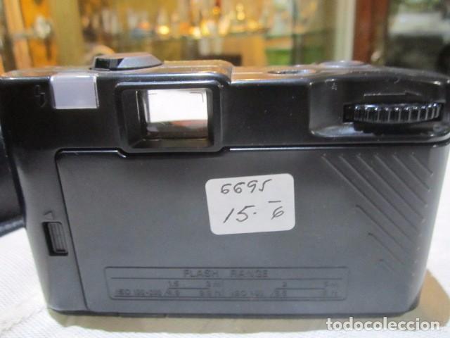 Cámara de fotos: Cámara de fotos Konica EFP3 - Foto 3 - 77409597