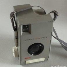 Cámara de fotos: ANTIGUA CAMARA KODAK BROWNIE VECTA HECHA EN INGLATERRA EN EL AÑO 1963. Lote 82162972