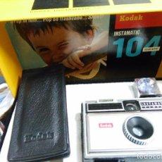 Cámara de fotos: KODAK INSTAMATIC 104. Lote 82709024