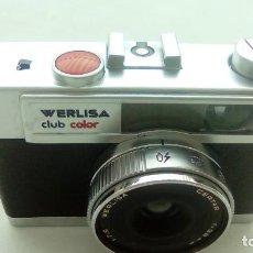 Cámara de fotos: MAQUINA FOTOGRAFIA CLASICA WERLISA CLUB COLOR CON FUNDA. Lote 194402355