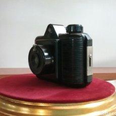 Cámara de fotos: CAMARA UNIVEX DE BAQUELITA NEGRO.. Lote 87220268