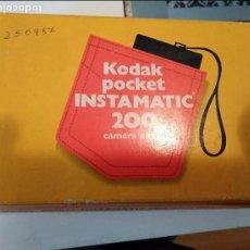 Cámara de fotos: CÁMARA KODAK POCKET INSTAMATIC 200 EN CAJA. Lote 97509707