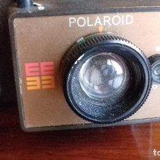 Cámara de fotos: CÁMARA DE FOTOS INSTANTÁNEA POLAROID EE33. ORIGINAL, AÑOS 70. . Lote 98868919