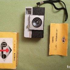 Cámara de fotos: KODAK INSTAMATIC-25. Lote 105967439
