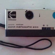 Cámara de fotos: CÁMARA KODAK INSTAMATIC 200 POCKET, AÑOS 70/80. Lote 107365311
