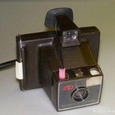 Cámara de fotos: CAMARA POLAROID ELECTRIC ZIP BUEN ESTADO AÑOS 60 VINTAGE. Lote 112426823
