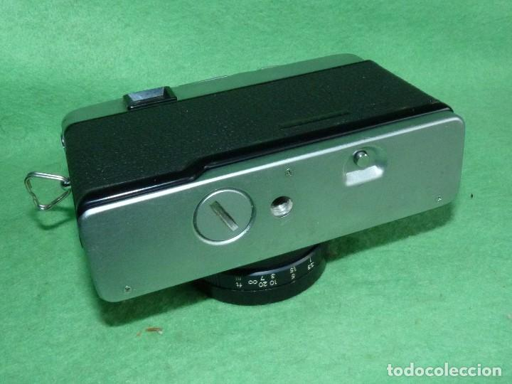 Cámara de fotos: Genial cámara Yashica ME 35 objetivo Yashinon 38 mm F/2.8 original Made in Japan 1972 - Foto 4 - 119030995
