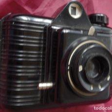 Cámara de fotos: CAMARA FOTOGRAFICA DE BAQUELITA WINAR. Lote 119403859