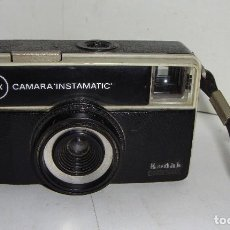 Cámara de fotos: CÁMARA FOTOGRÁFICA. KODAK (MADE IN ENGLAND). CÁMARA INSTAMATIC. 56X.. Lote 126539603