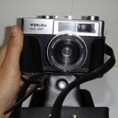 Cámara de fotos: CÁMARA DE FOTOS WERLISA CLUB COLOR. AÑO 1.976. INCLUYE FUNDA Y CORREA PARA COLGAR.. Lote 126548999