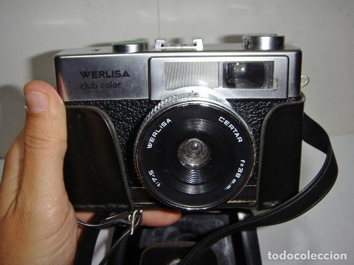 Cámara de fotos: Cámara de Fotos WERLISA CLUB COLOR. Año 1.976. Incluye funda y correa para colgar. - Foto 3 - 126548999