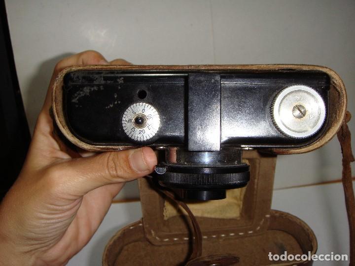 Cámara de fotos: Cámara fotográfica. FOWELL CINEFILM 35 mm BAQUELITA CON FUNDA ORIGINAL - Foto 3 - 126549971