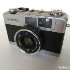 Cámara de fotos: CÁMARA VINTAGE YASHICA 35 ME. Lote 127596247