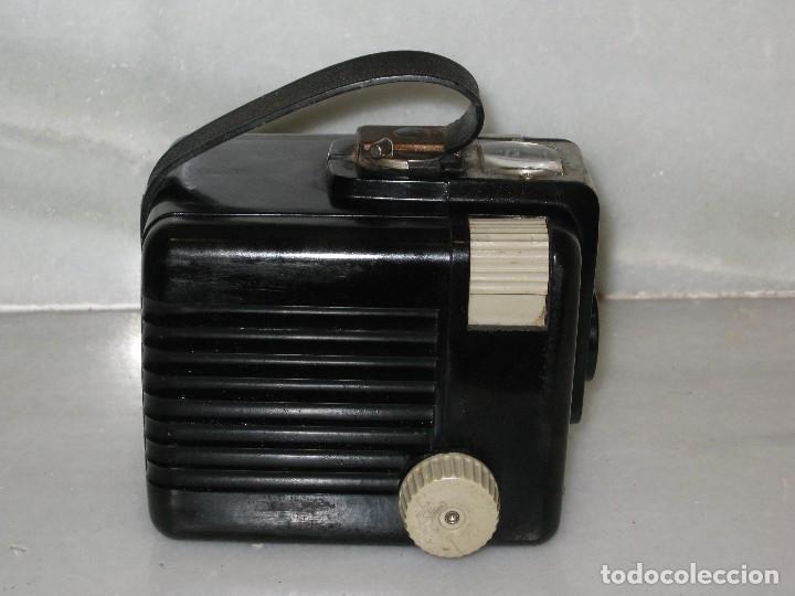 Cámara de fotos: Kodak Brownie Flash con su funda original . No probada. - Foto 7 - 127739067
