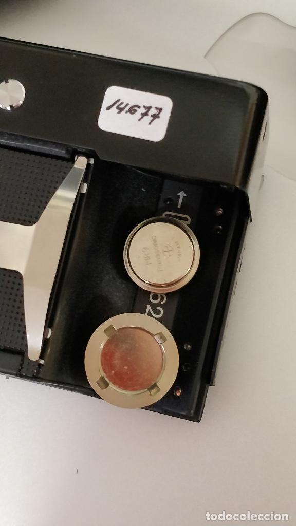 Cámara de fotos: Cámara fotográfica ROLLEI 35 (Negro) con funda original. fotómetro. - Foto 6 - 129427455