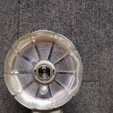 Cámara de fotos - Cámara Bell & Howell Dial 35 con Funda Original y FLASH ZEISS IKON IKOBLITZ 6, años 60. - 130465778