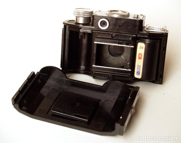 Cámara de fotos: *1953-56* • GOMZ URSS Lomo SMENA 2 Obj. f4.0 Clásica baquelita (35mm) - Foto 4 - 95494823