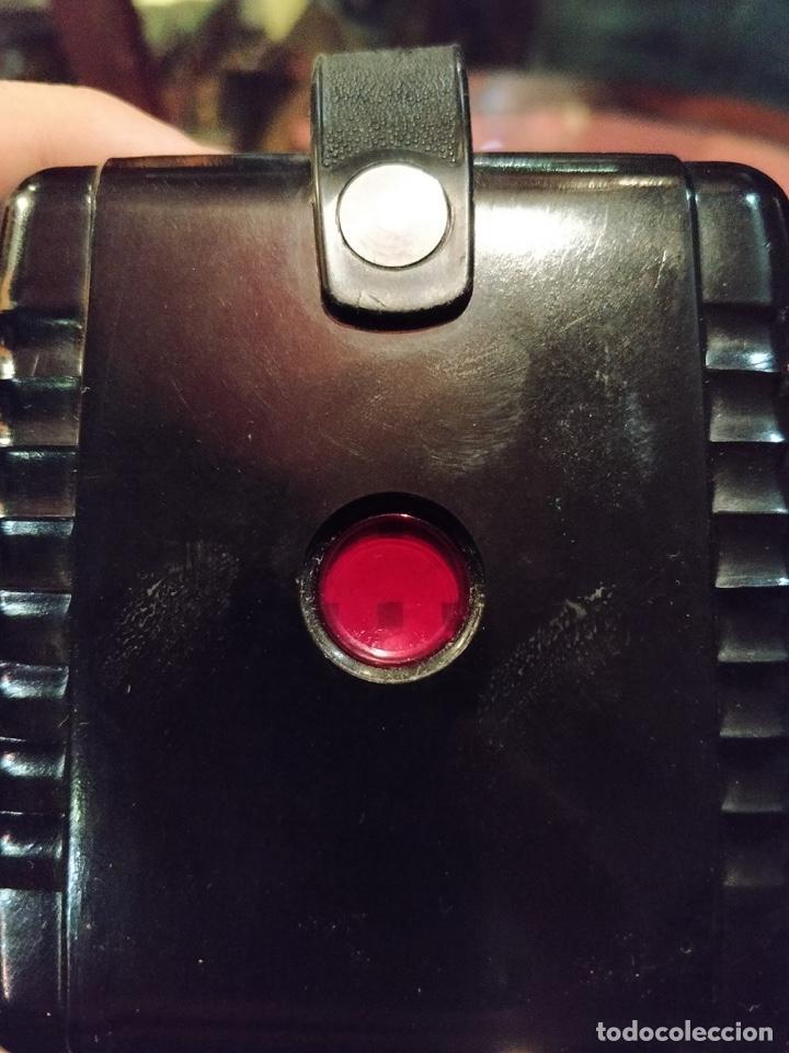 Cámara de fotos: Cámara Kodak Brownie Flash vintage años 50-60s color negro y funda original de cuero - Foto 4 - 140829690