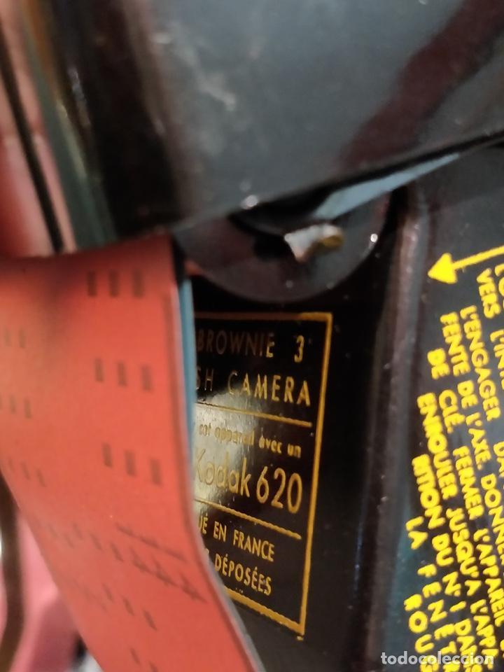 Cámara de fotos: Cámara Kodak Brownie Flash vintage años 50-60s color negro y funda original de cuero - Foto 8 - 140829690
