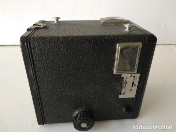 Cámara de fotos: KODAK BROWNIE FLASH II.AÑO 1958.FUNCIONA .ART DECO - Foto 4 - 142526458