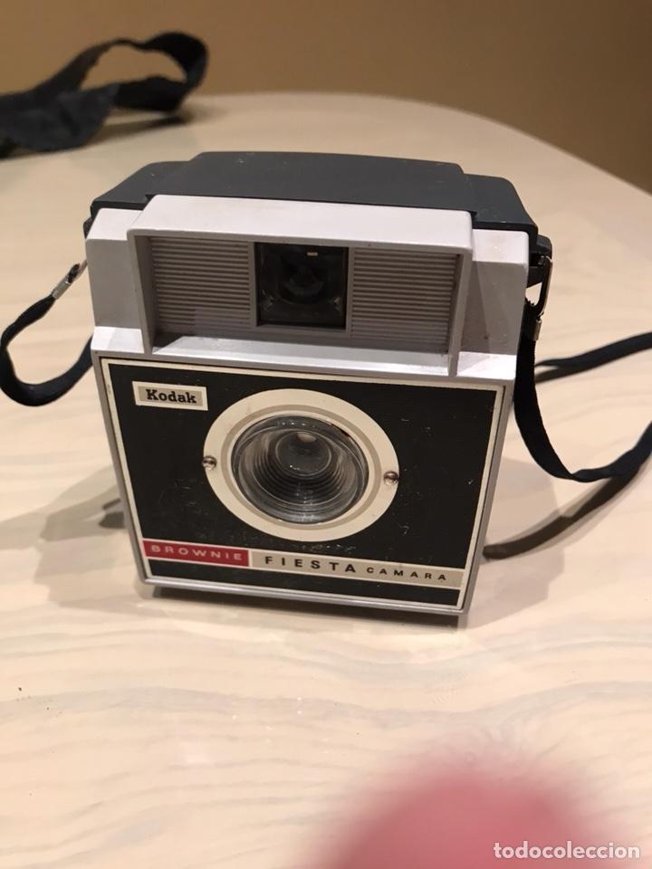 KODAK BROWNIE FIESTA (Kameras - Klassische Kameras (keine Spiegelreflex))
