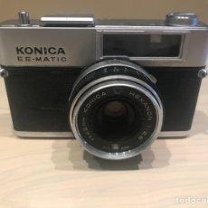 Cámara de fotos: KONICA RE-MATIC CON FUNDA. Lote 143160146