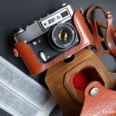 Cámara de fotos: CAMARA FED 5B AÑOS 70 - COPIA LEICA 3 - PERFECTA - CON FUNDA CUERO. Lote 150038190