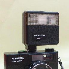 Cámara de fotos: CAMARA 35MM, WERLISA CLUB COLOR- CON ESTUCHE Y FLAHS ORIGINAL DE REGALO..AÑOS 80. DESCRIPCION... Lote 150499690