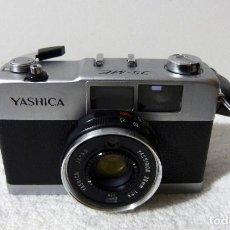 Cámara de fotos: CÁMARA DE FOTOS YASHICA 35-ME . Lote 150605142