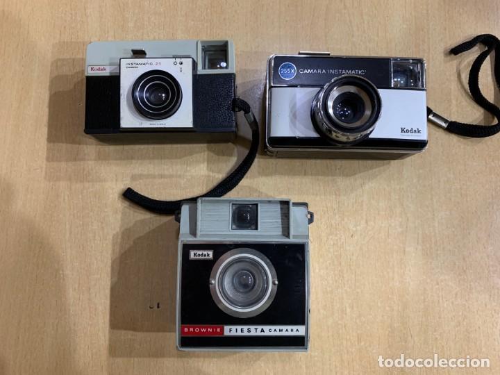 LOTE DE 3 CAMARAS KODAK FABRICADAS EN ESPAÑA (Cámaras Fotográficas - Clásicas (no réflex))