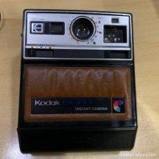 Cámara de fotos: KODAK INSTANT EK100. Lote 152204702