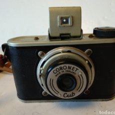 Cámara de fotos: CAMARA CORONET CUB.AÑO 1946.OBJETIVO EXTRAÍBLE.FUNCIONA. Lote 156501525