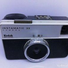 Cámara de fotos: KODAK INSTAMATIC 33 - CAMARA ANTIGUA VINTAGE DE 1960. Lote 156538058