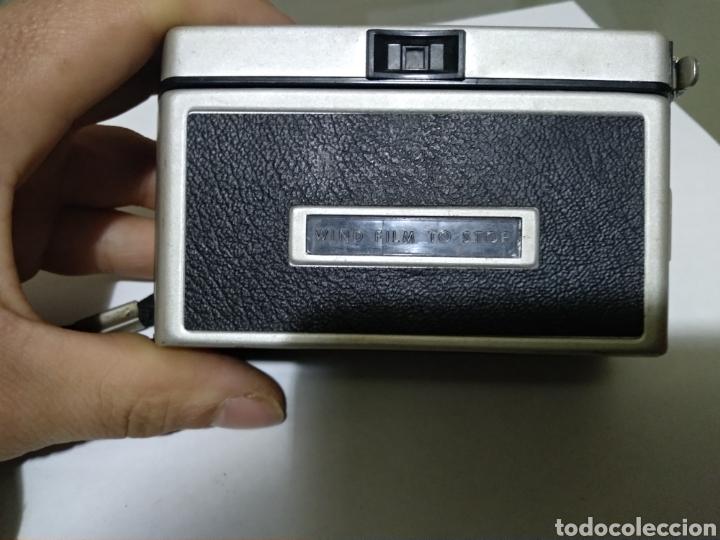 Cámara de fotos: Kodak instamatic camera 104 - Foto 4 - 157999836